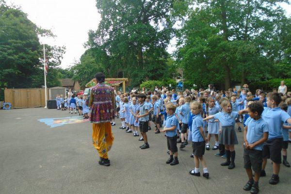 Indian Dancing 12