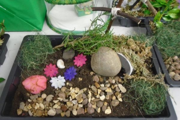 Easter garden 6