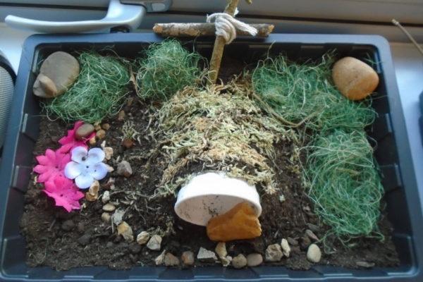 Easter garden 9